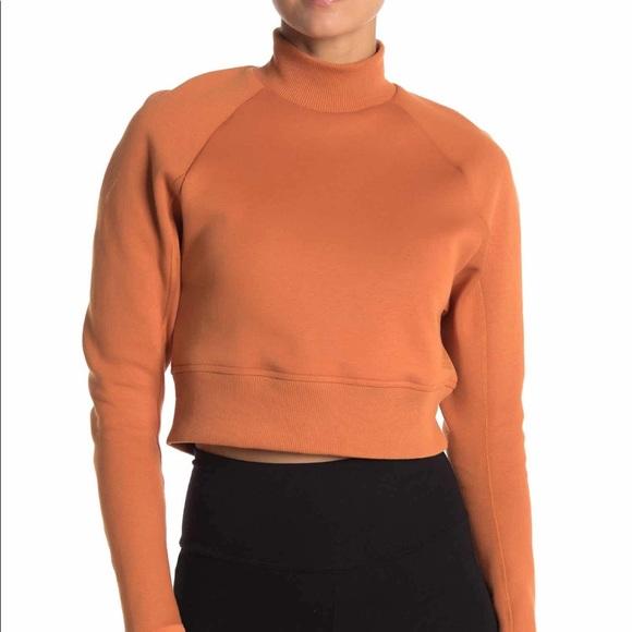 Team Mock Crewneck Cropped Sweatshirt